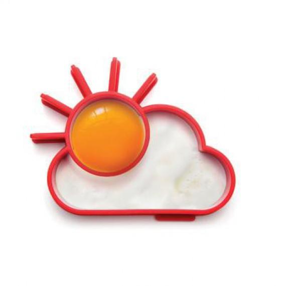 Le moule pour oeufs soleil et nuage