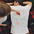 T-shirt tapis de jeu massage de dos