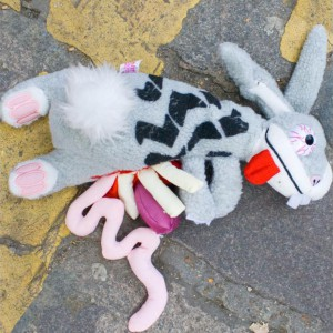 Peluche d'animal écrasé Roadkill