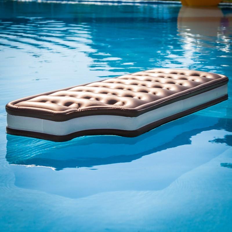 Matelas gonflable cr me glac e - Colchonetas para piscina ...
