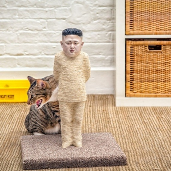 Griffoir pour chat Kim Jong-Un