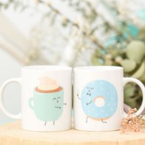 Set de 2 mugs - Ils furent heureux et ils prirent ensemble tous leurs petits déjeuners