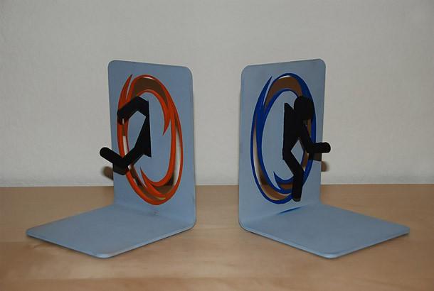 serre livres portal bleu et orange. Black Bedroom Furniture Sets. Home Design Ideas