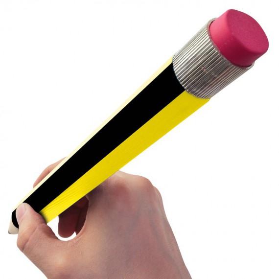 Crayon de papier géant