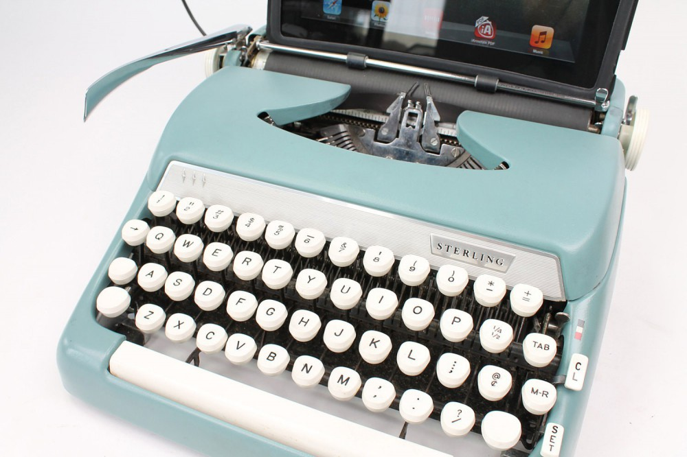 Chambre Vintage Fille : Machine à écrire usb