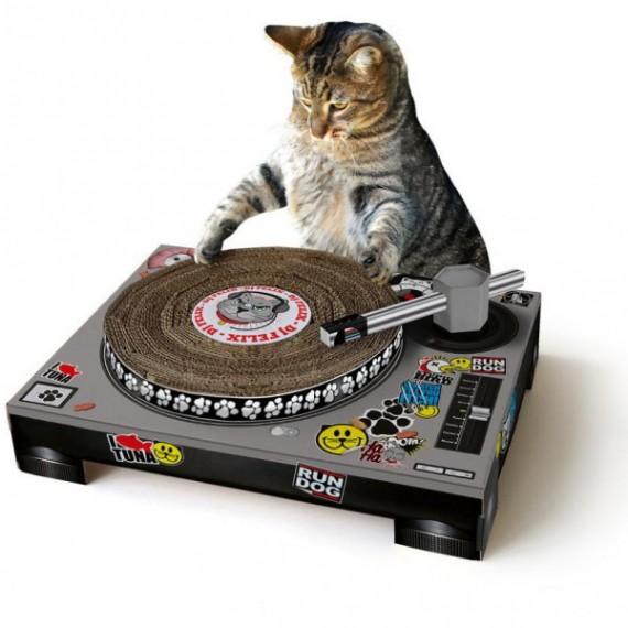 Le grattoir pour chat platine dj